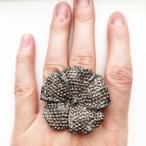 Charcoal gray bedazzled chunky flower ring